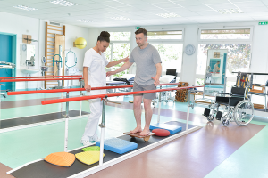 3 Factors to Consider When Choosing a Rehab Facility